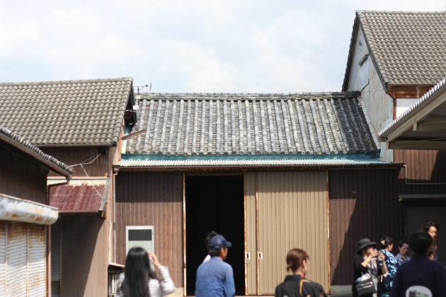 寺内町にある造り酒屋の伊勢屋さん