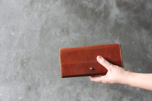 ギボシを使った手縫いの長財布